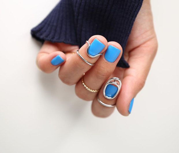 We are calling it!Αυτό είναι το απόλυτο χρώμα για τα νύχια όλο το 2019