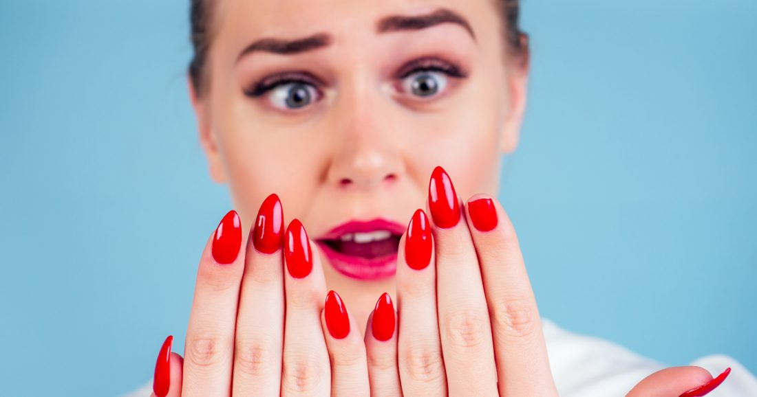 Σπάνε Διαρκώς τα Νύχια σου; Μάθε τι Πρέπει να Κάνεις!