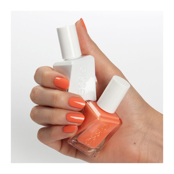 Essie gel couture looks to thrill xr250